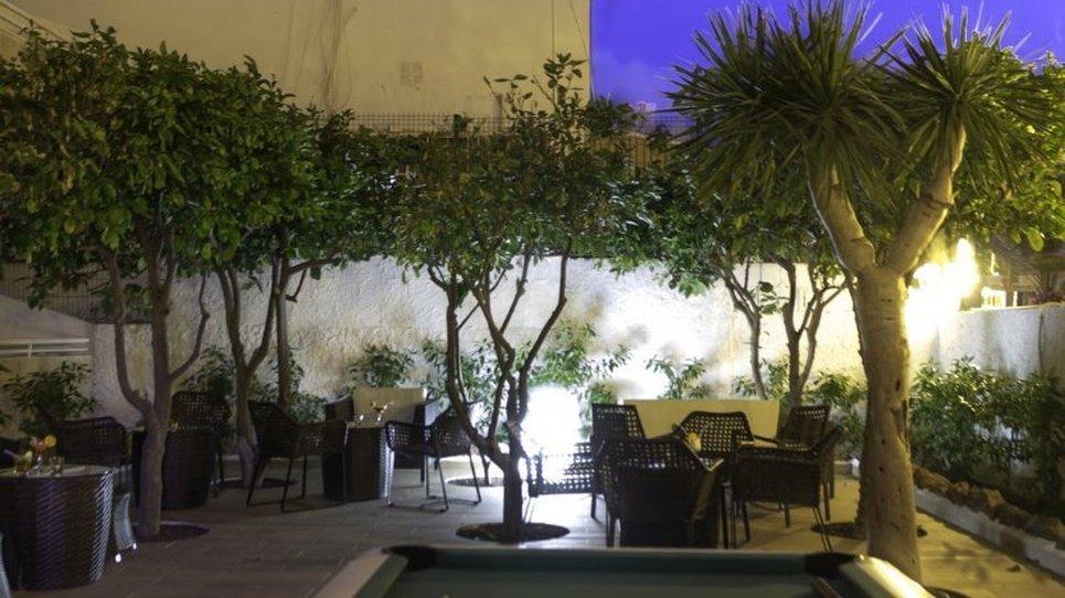 GARDEN Coral California Hotel
