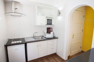Suite (Kitchen)